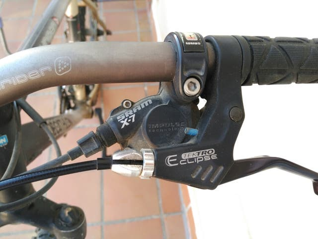 Bicicleta Rockrider edificio limitada