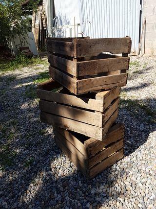 caja de madera de fruta vintage