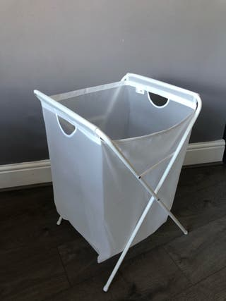 Laundry basket and clothes airer bundle