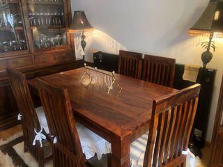 Conjunto de comedor mesa silla y aparador