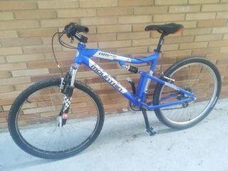 Bicicleta con suspensiónes