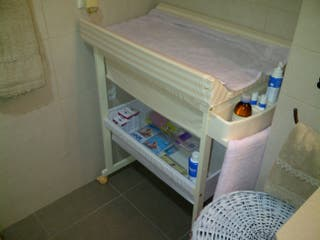 Mueble cambiador y bañera