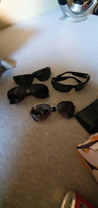 4 gafas se venden