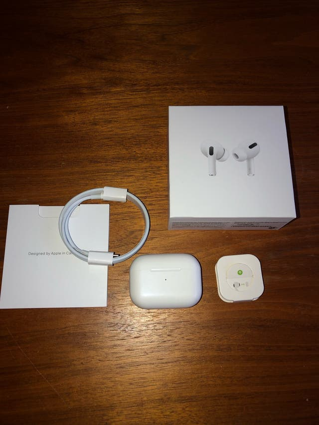 NEW Apple AirPods pro (opened)