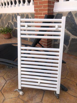 Radiador toallero baxiroca