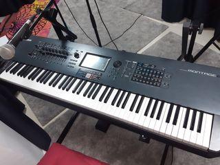 Sintetizador Yamaha montage 8