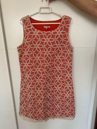 Vestido midi bordado de lino