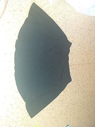 Falda hym negra