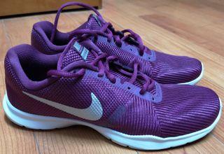 Zapatillas mujer Nike Training Flex Bijoux 40,5