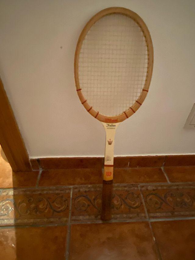 Raqueta de tenis de madera