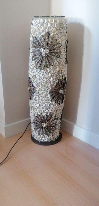 lampara de conchas de mar
