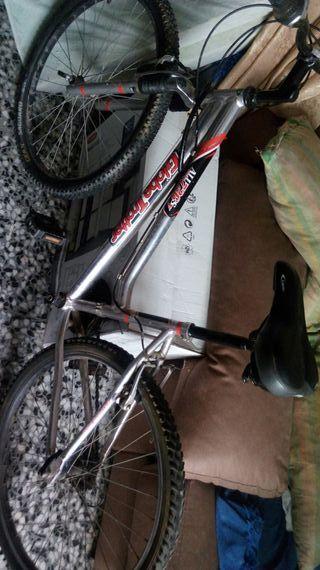 bicicleta. 26. 7piños. canbio. shimano y