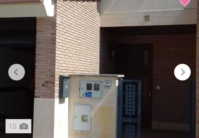 Se vende casa-Adosada en Iscar (Íscar, Valladolid)