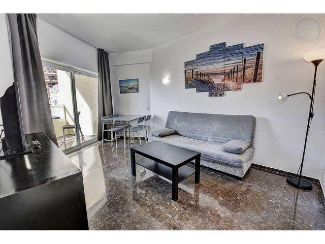 Apartamento en venta en Puerto Marina en Benalmádena (Benalmádena, Málaga)