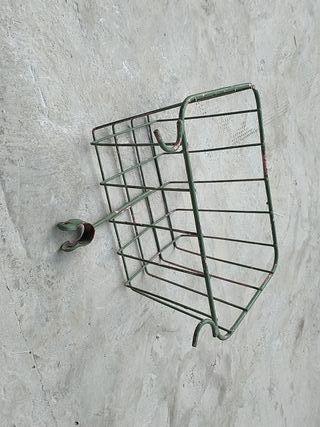 Cesta antigua de bici bh