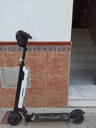 Patinete electrico scooter.
