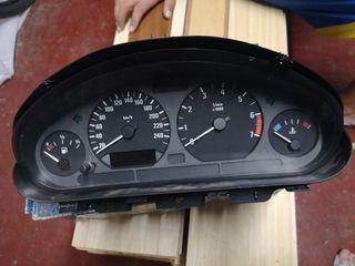 Cuadro de luces de BMW Z3.
