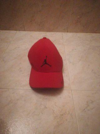 Gorra jordan roja
