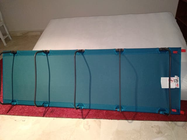 dos camas camping + 2 fundas cama camping plegable