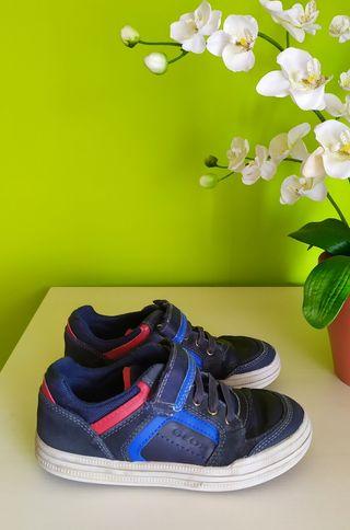 Zapatillas GEOX. Número 32.