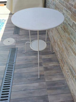 mesa forjada blanca