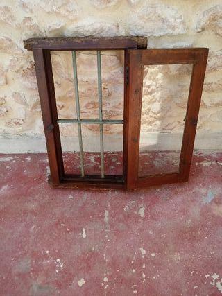 ventana muy antigua