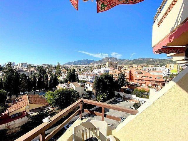 Piso en venta en El Pinillo en Torremolinos (Benalmádena, Málaga)