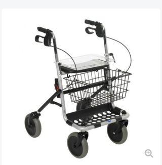 andador persona mayor