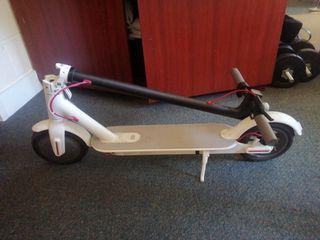 scooter xiaomi M365 white