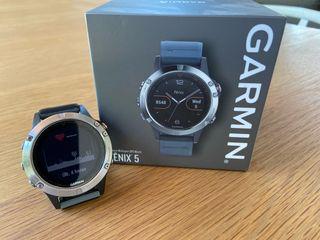 Reloj inteligente multi deporte Garmin Fénix 5