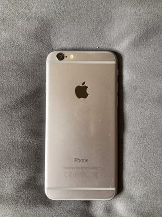 IPhone 6 con cascos