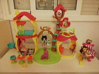 Casa Grande Enchantimals + 4 muñecas