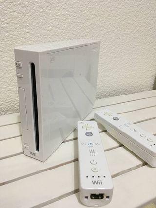 Wii con 2 mandos