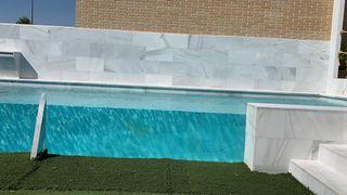 Metacrilato para piscina