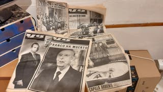 Colección de 5 periódicos YA Franco a Muerto