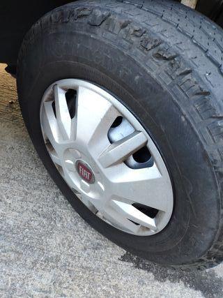 Llantas fiat Ducato con neumáticos camping