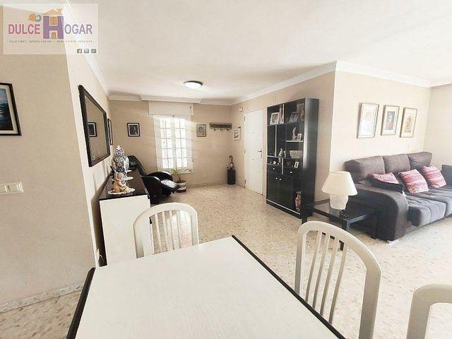 Villa en venta en Cotomar - Urbanizaciones en Rincón de la Victoria (Rincón de la Victoria, Málaga)