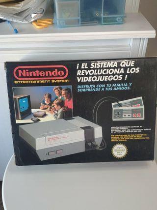 consola Nintendo NES con caja y manual