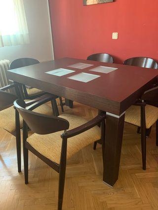Mesa salón wengué y sillas