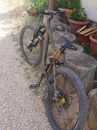Bicicleta de montaña enduro