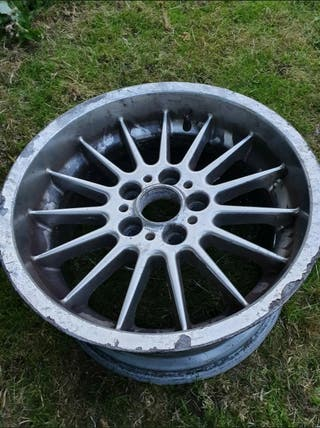 18 inch alloy wheels taken from BMW X4 REQUIRES RE