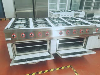 Cocinas industrial con horno