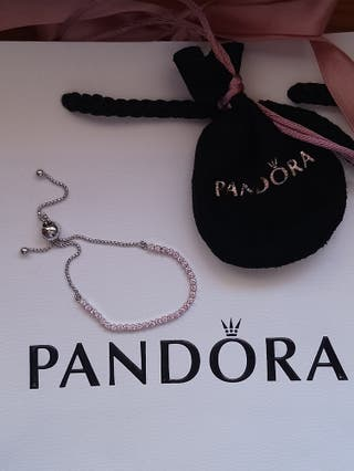 pulsera Pandora piedras rosas en fila ajustable