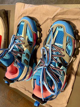 Balenciaga track sneakers. Size EU40.