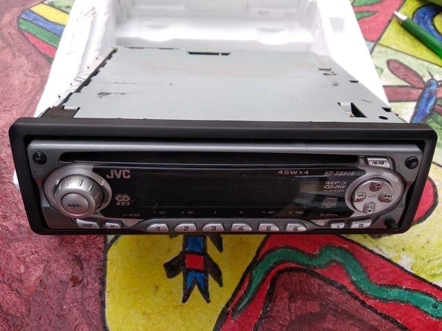 Radio CD para insertar en el coche