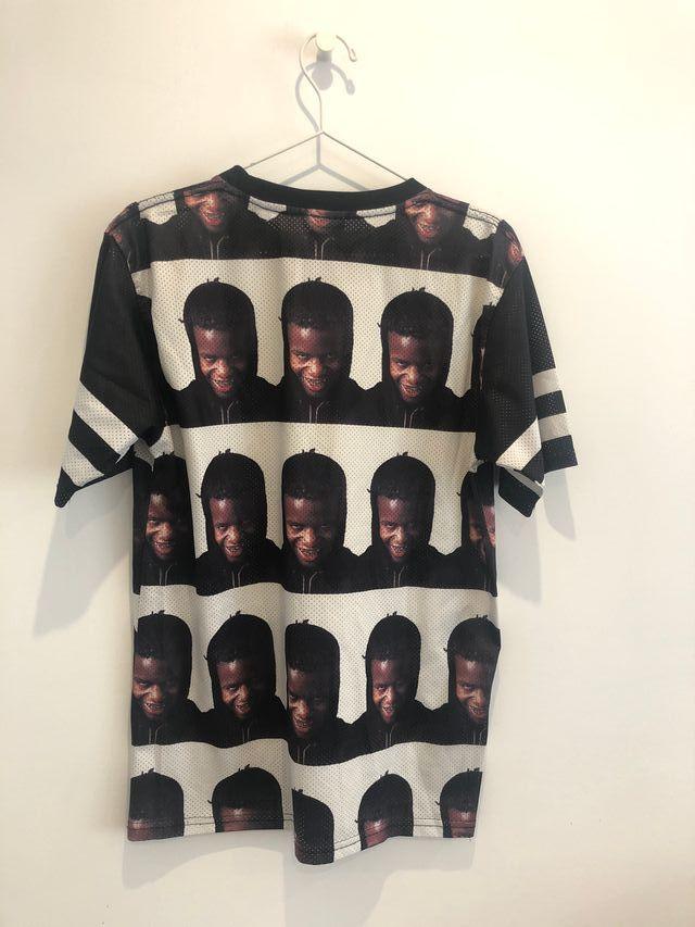 "Camiseta Will Fry ""Portrait of Ian Connor"""