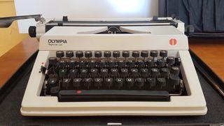 Máquina de escribir Olympia Regina de Luxe