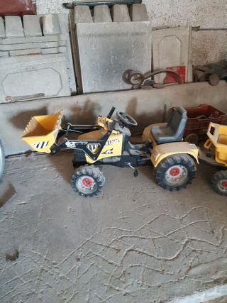 tractor con pala y remolque