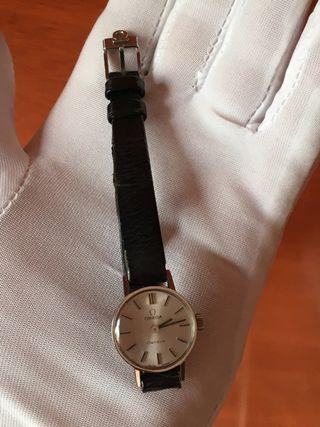 Reloj ORIGINAL OMEGA A ESTRENAR DE MUJER