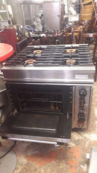 cocina y horno industrial